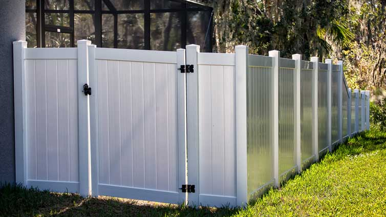 Measure Linear Feet for Fence by a Professional