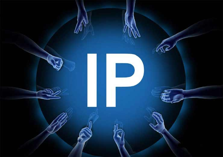 What is the Major Difference between Mac and IP addresses