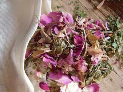 Natural way to treat dry skin