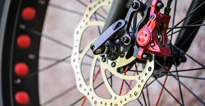 How-to-Adjust-Hydraulic-Disc-Brakes-on-a-Mountain-Bike