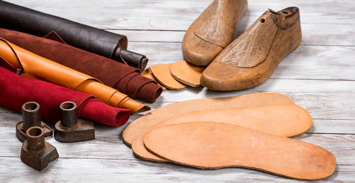 How to Repair Shoe Insole